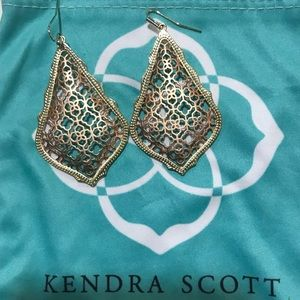 Kendra Scott rose gold / gold earrings